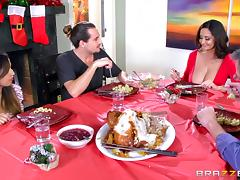 Christmas milf slut Ava Addams invites him to fuck her cunt