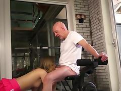 Hardcore at the gym along slutty amateur Candice