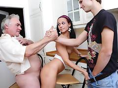 Elderly man fucks college girl, licks her pussy and fucks her slit happily - OldGoesYoung