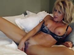 Stunning Dirty Talking Milf Masturbates