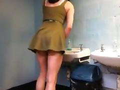 Crossdresser dress show