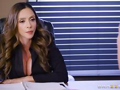 Fake-titted Ariella Ferrera having her juicy cunt destroyed