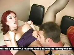 Mature redhead slut in bed gets her wet pussy licked