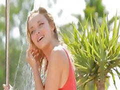 Hot public splash and unique body