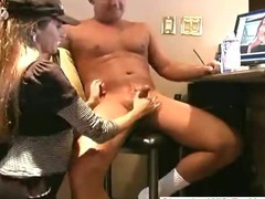 Amateur house wife giving handjob