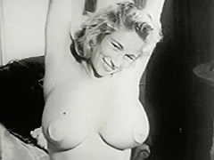 Amazing Woman Shows all Her Beauty 1950