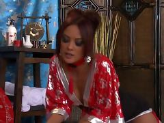 Kaylani Lei Gives a Hot Asian Massage With a Very Happy Ending