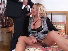 Chubby Mother Loves To Get Her Pussy Pumped and Fucked
