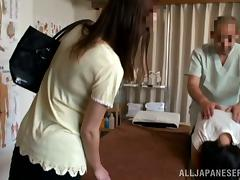 Japanese hottie gets her pussy pounded by a lewd masseur