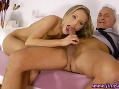 Petite amateur fucked and oral pleases the old dude