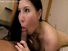 Japan's large breasts beautiful wife