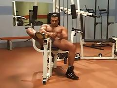 Bodybuilder Workout Solo