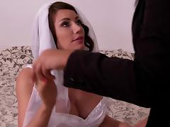 Lovely bride goes lesbian with her nasty bosomy bridesmaid
